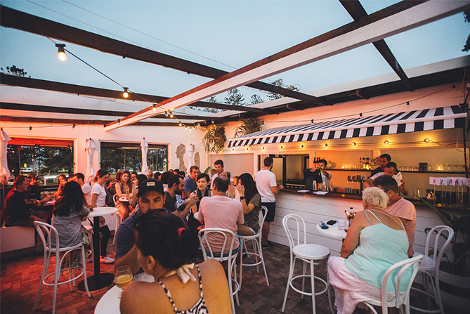 Best Gold Coast Bars - Justin Lane Rooftop Bar Gold Coast Burleigh Heads